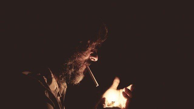 シベリア鉄道でタバコは吸える?